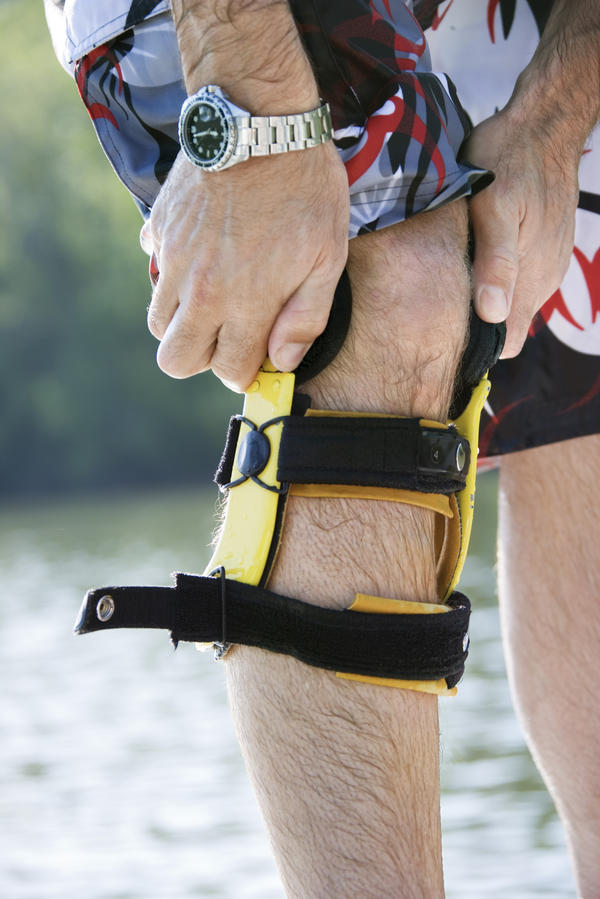 The best braces to decrease the chances of having instability episodes are hinged knee braces. Even with these braces, however, you may still experience instability. Your best bet to decrease these episodes is to begin a focused exercise protocol to strengthen your quadriceps, hamstrings, and hip abductor & adductor muscles. HealthTap, https://www.healthtap.com/user_questions/1583315