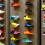 Does a heavy running shoe slow you down?