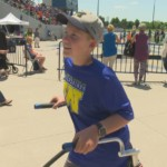 Student with cerebral palsy runs in final track-and-field meet
