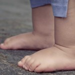 Footwear habits influence child and adolescent motor skill development